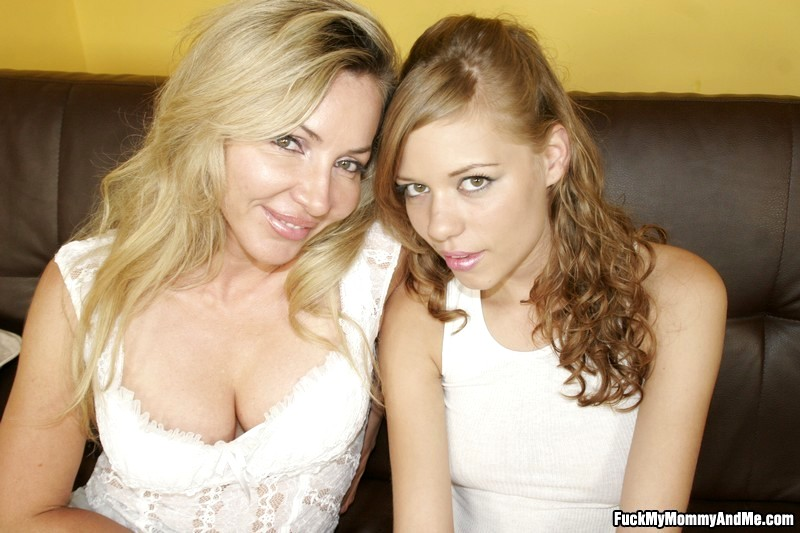 Babe Today Fuck My Mommy And Me Fuckmymommyandme Model