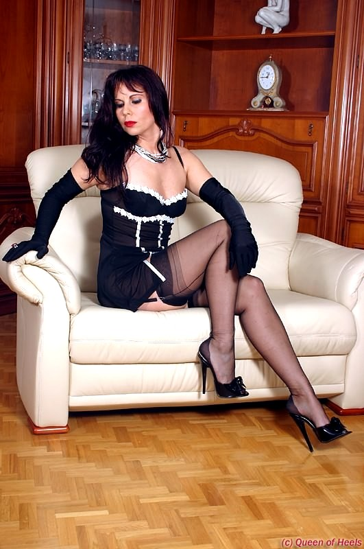 Babe Today Gina - Queen Of Heels Gina Lady Gina Coolest -9065