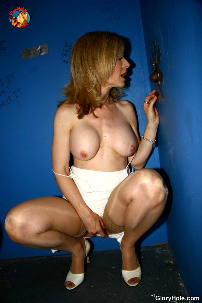 nina hartley escort tallinna yökerhot