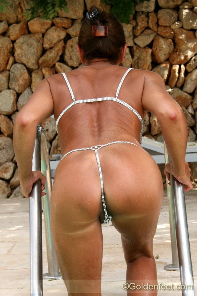 Mature lady porn pic-7749