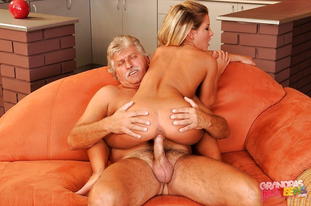 Babe dag Grandpas fuck Teenagere Bianca Arden Hd Kissing-8320