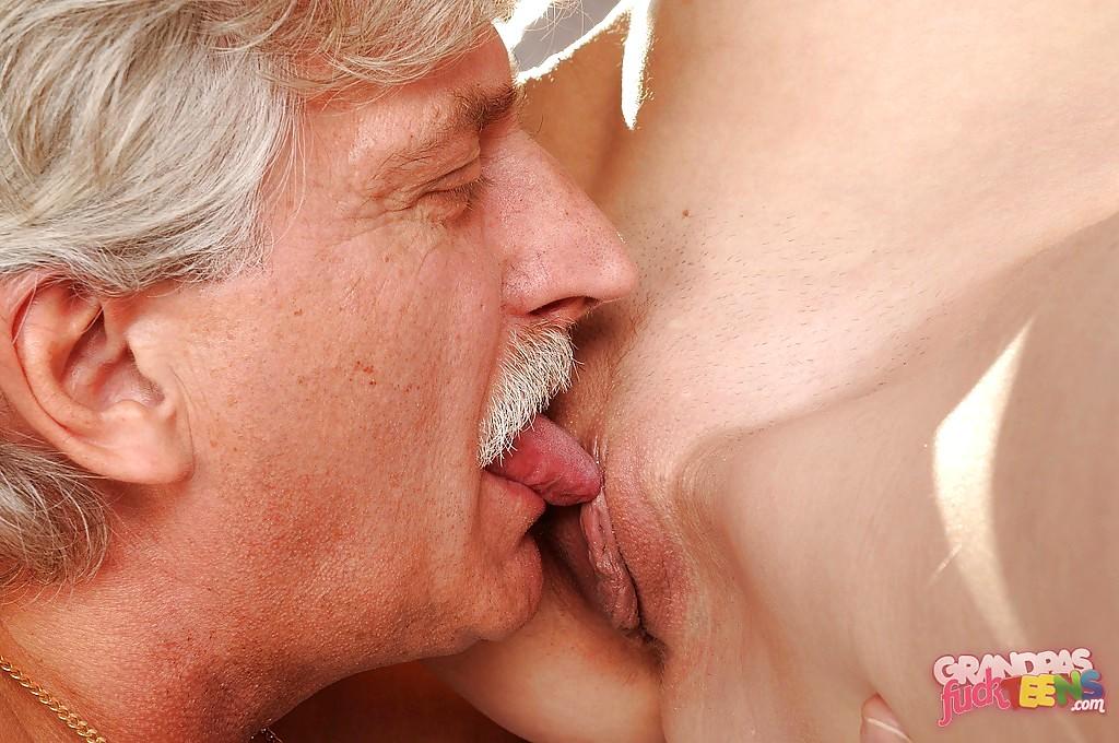 Hot kissing, very hot kissing japanese, old man