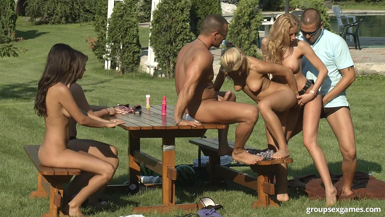 Girl a picnic at Nude