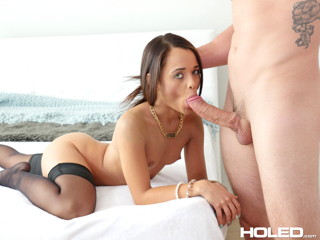 Holly Hendrix Blowjob