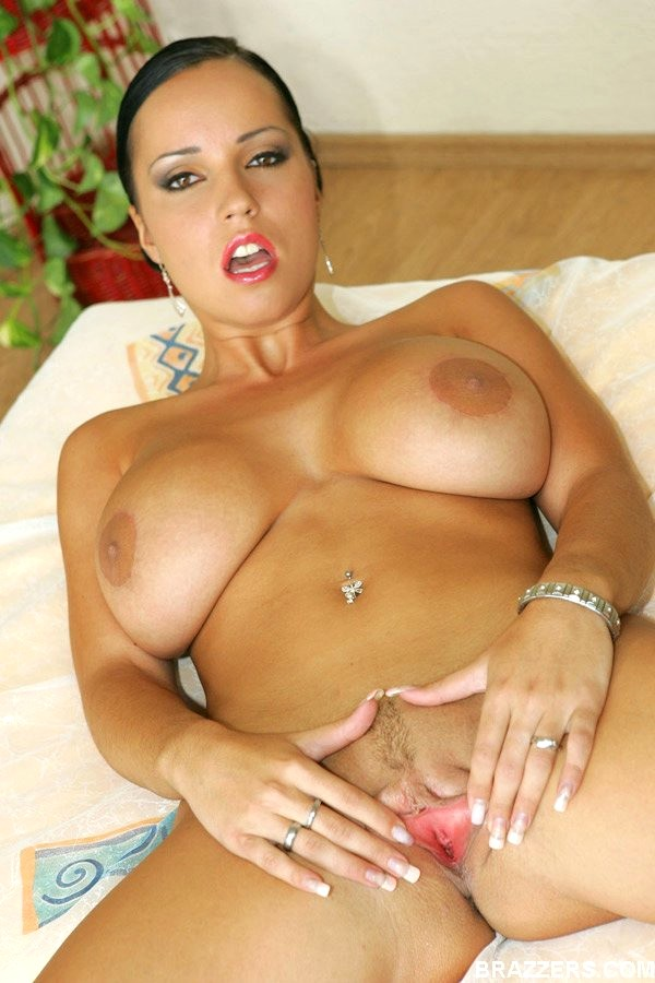 Laura lion nude moving photos