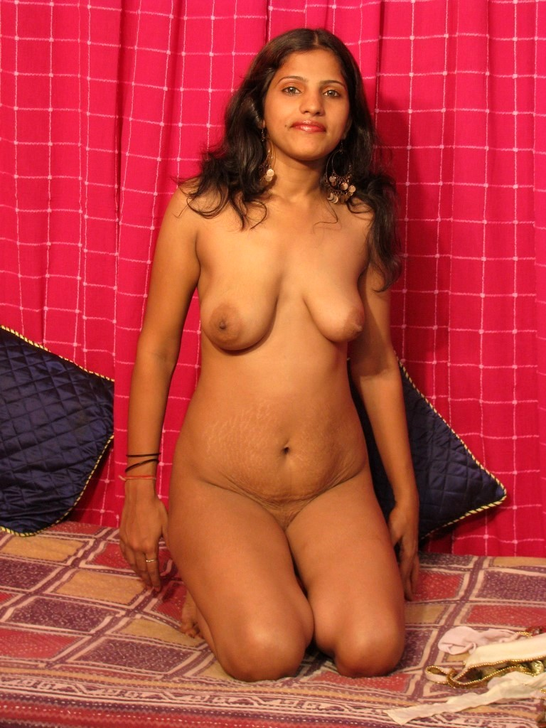 Desi indian girl boobs-7074