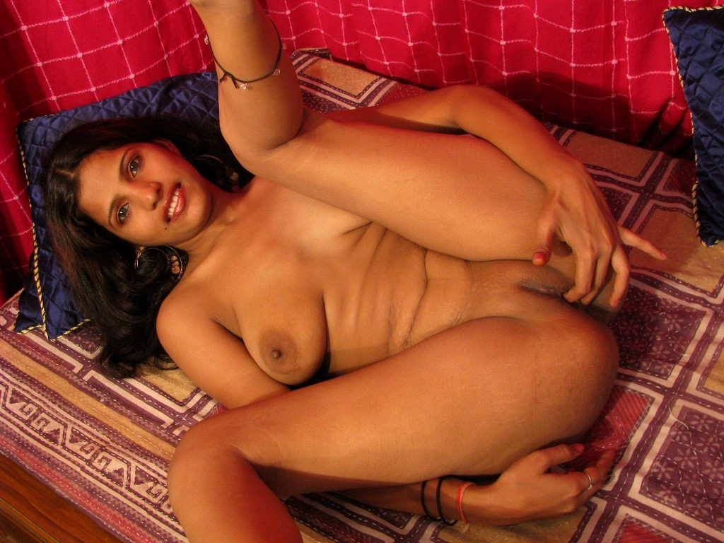 Pics Of Nude Indian Babes