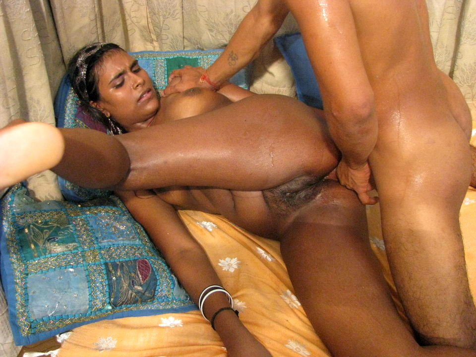 Desi fucking video free, females shaking ass