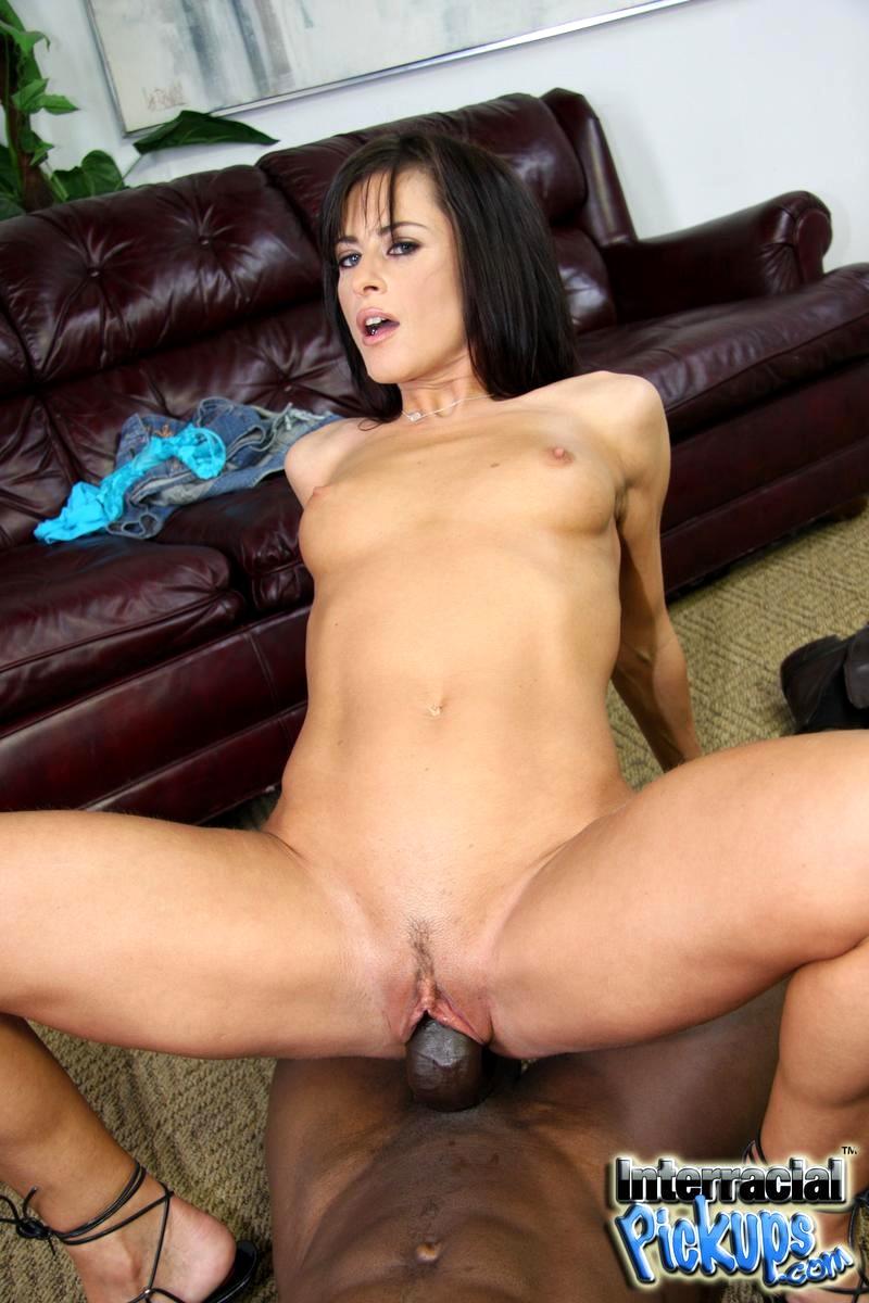 Pickup porn with a hot brunette brunette porn pic
