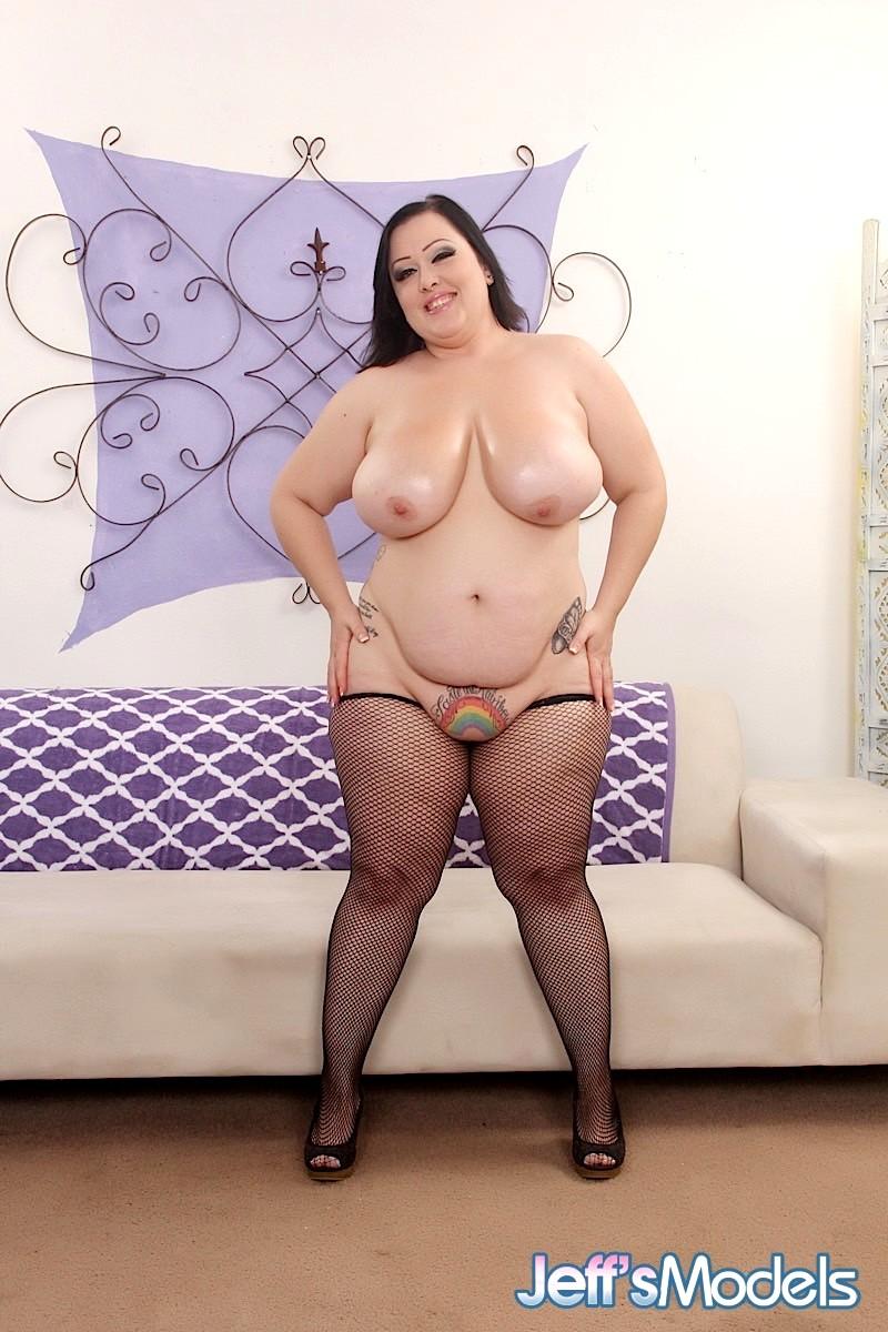 Qatar sexy girls nakad photo