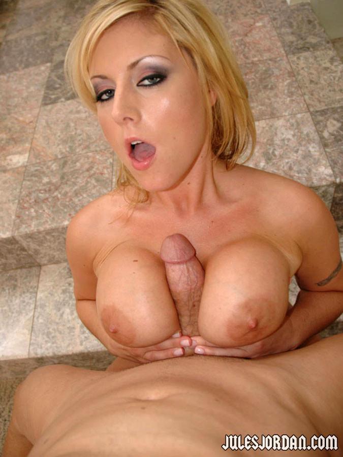 Blonde velicity big tits amp big booty vs big black cock - 3 3