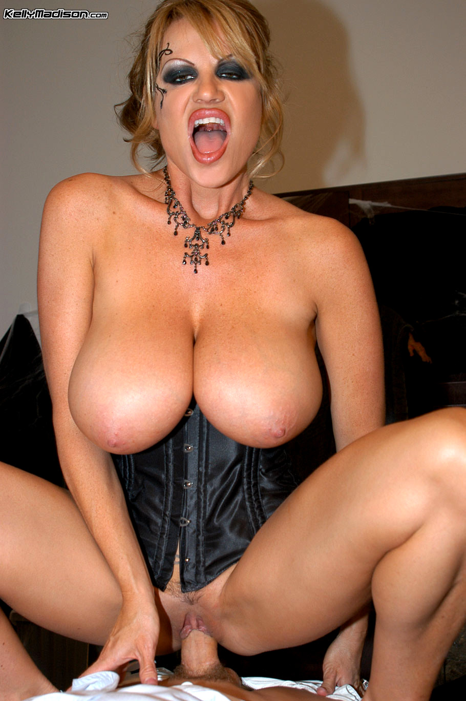 Kelly Madison Naked Pics
