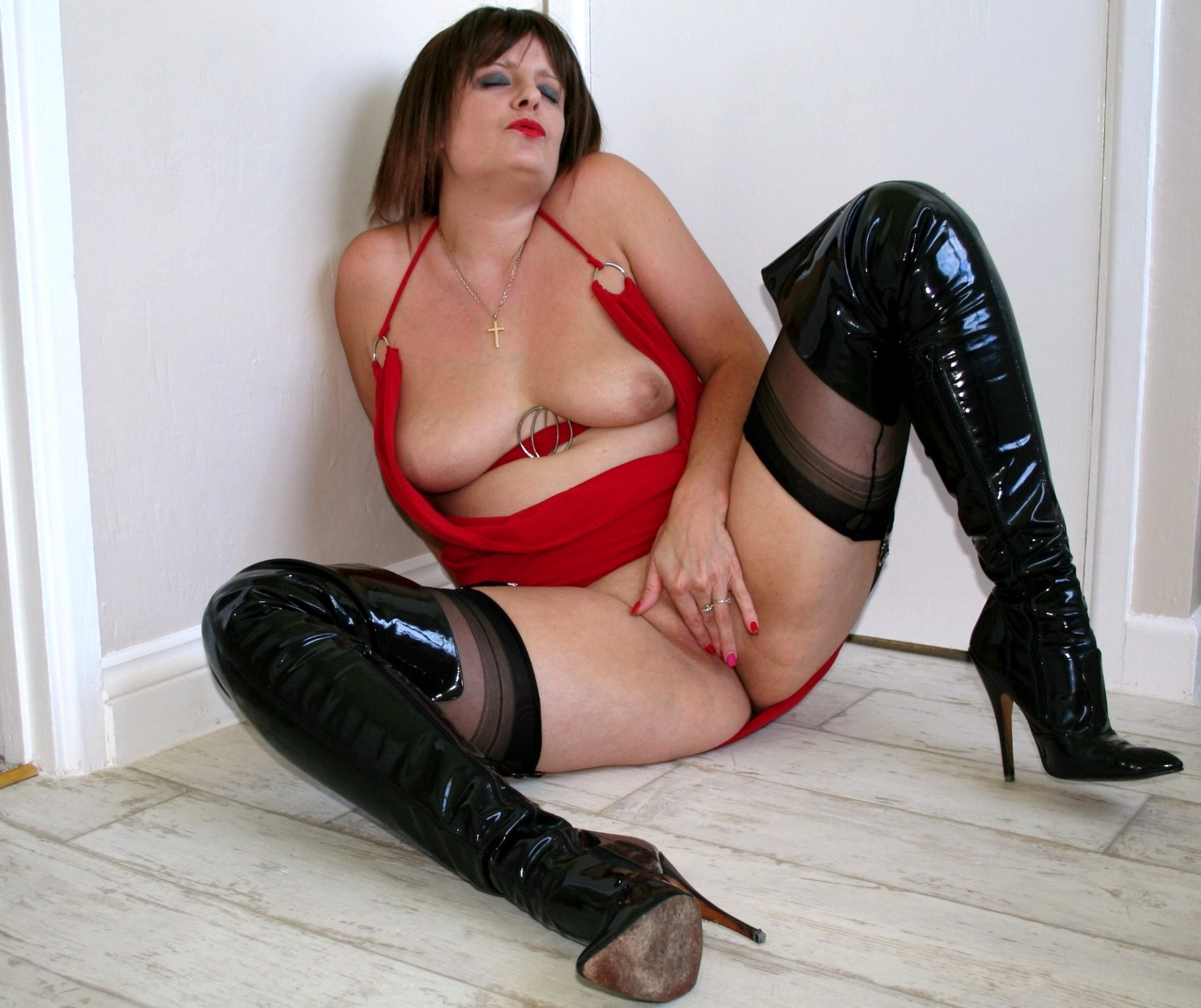 wife boots