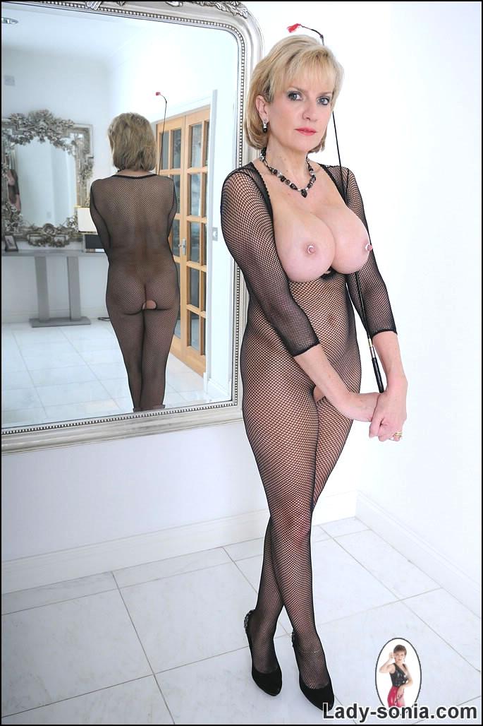 Ashley madison nude