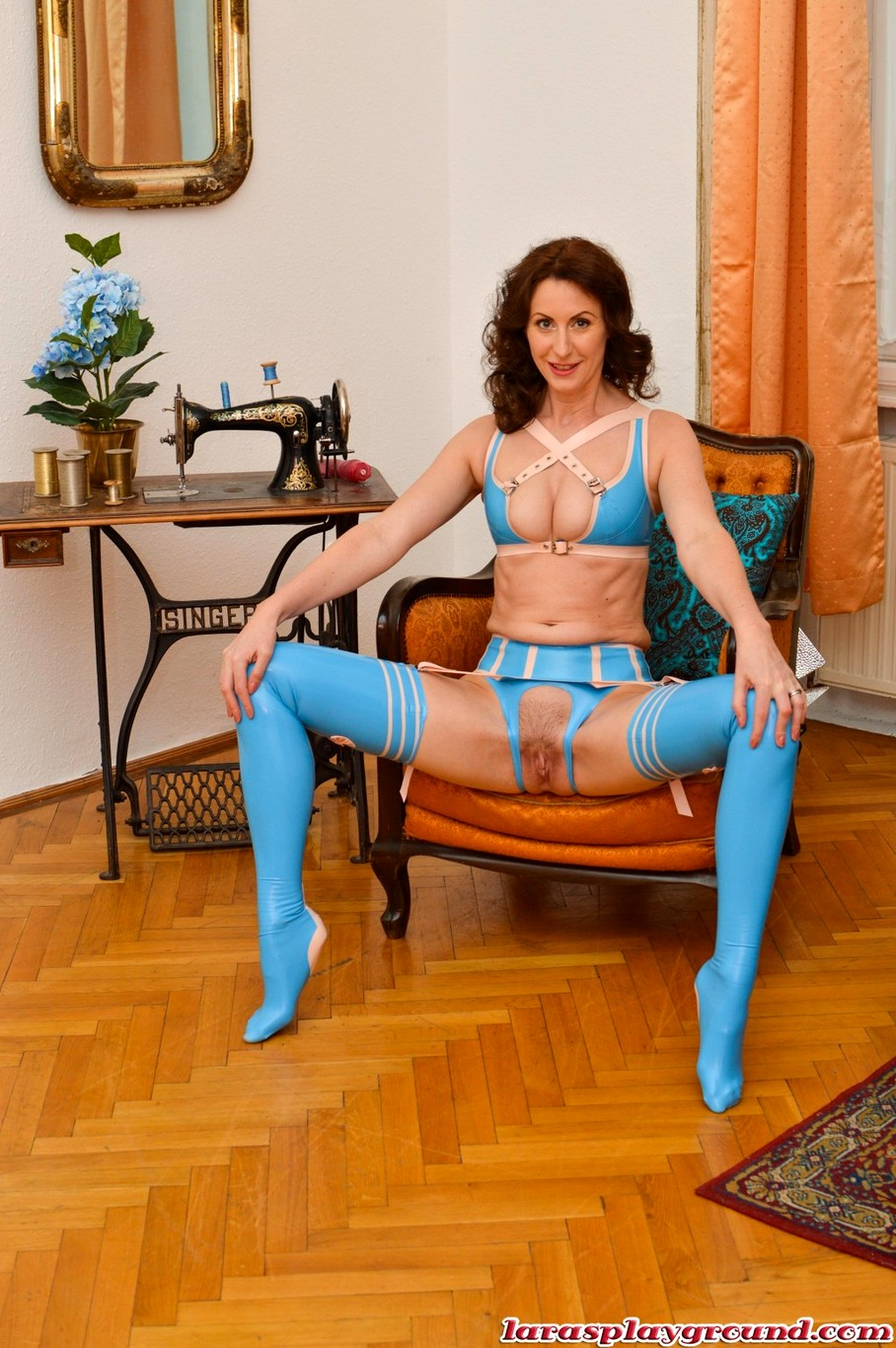 Lara Stockings