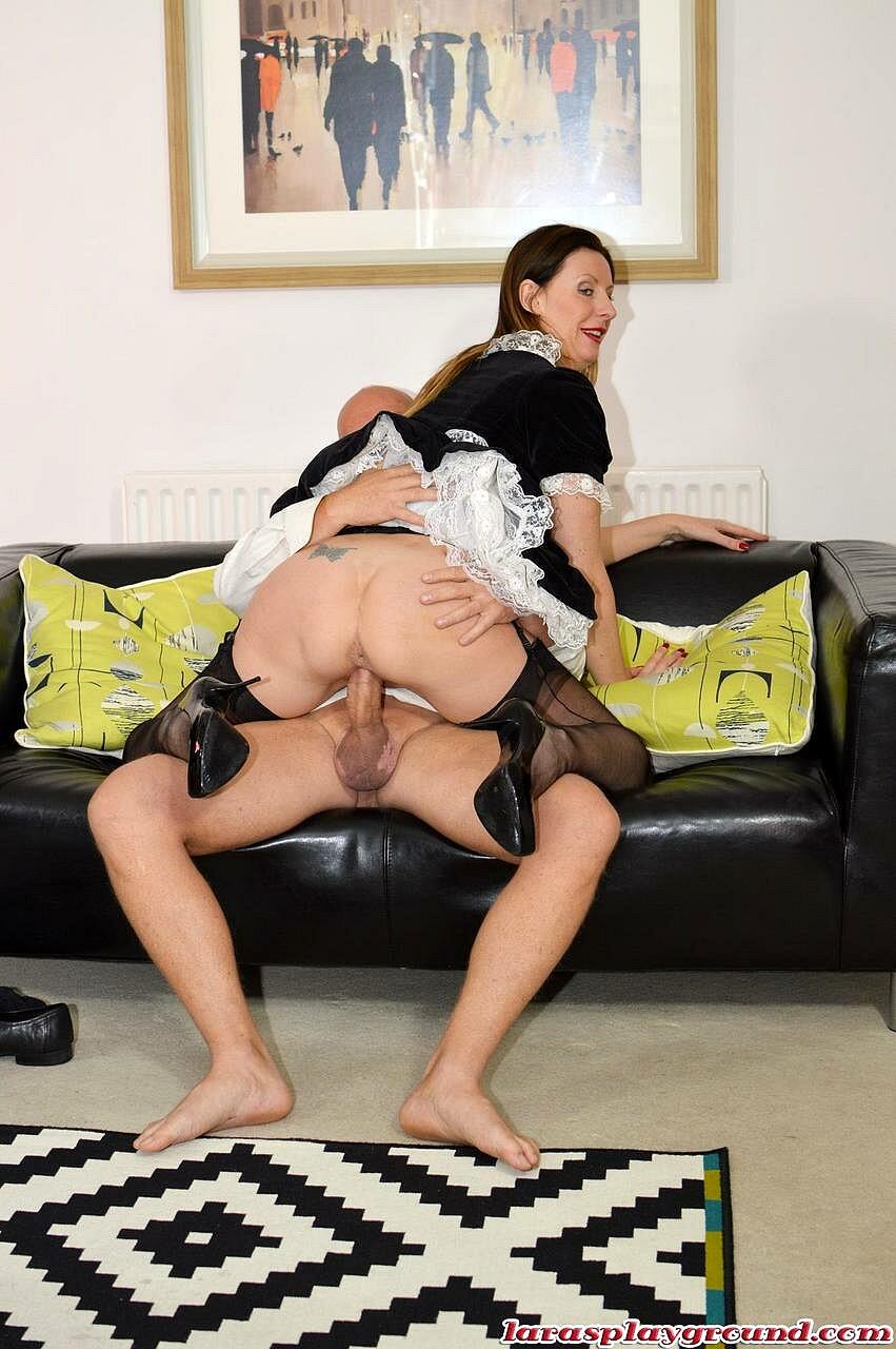 Free maid milf porn pics
