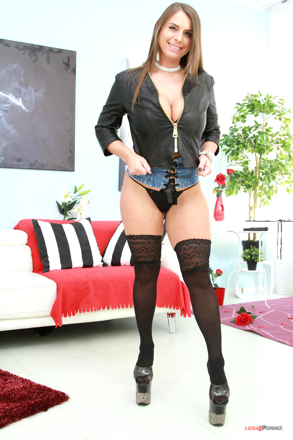 Super hot milf candy manson 3 4