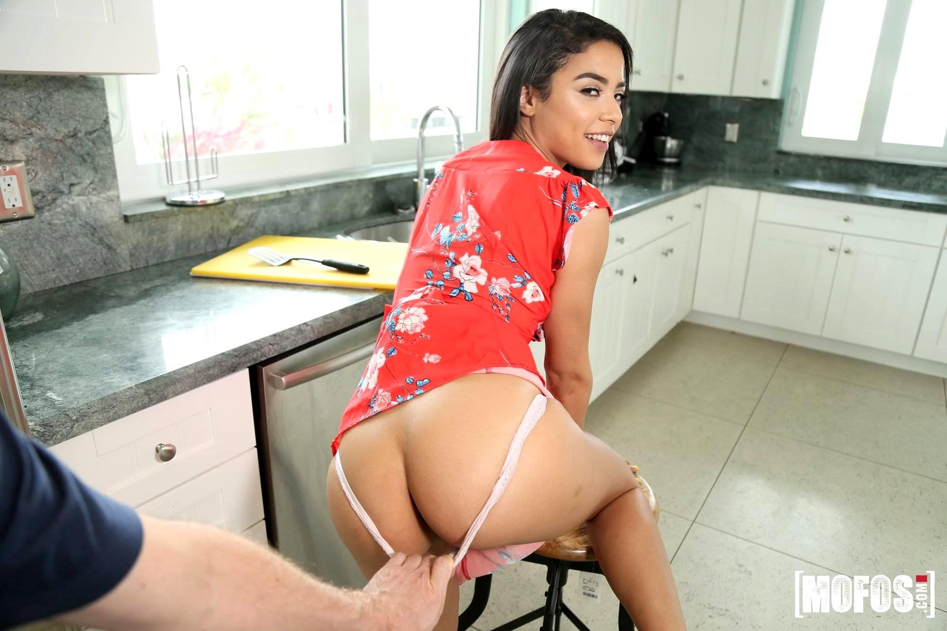 Cute Sexy Lesbian Teens Maya Bijou And Kendra Spade Enjoy Deep Ass Licking And Toying For Intense Orgasms
