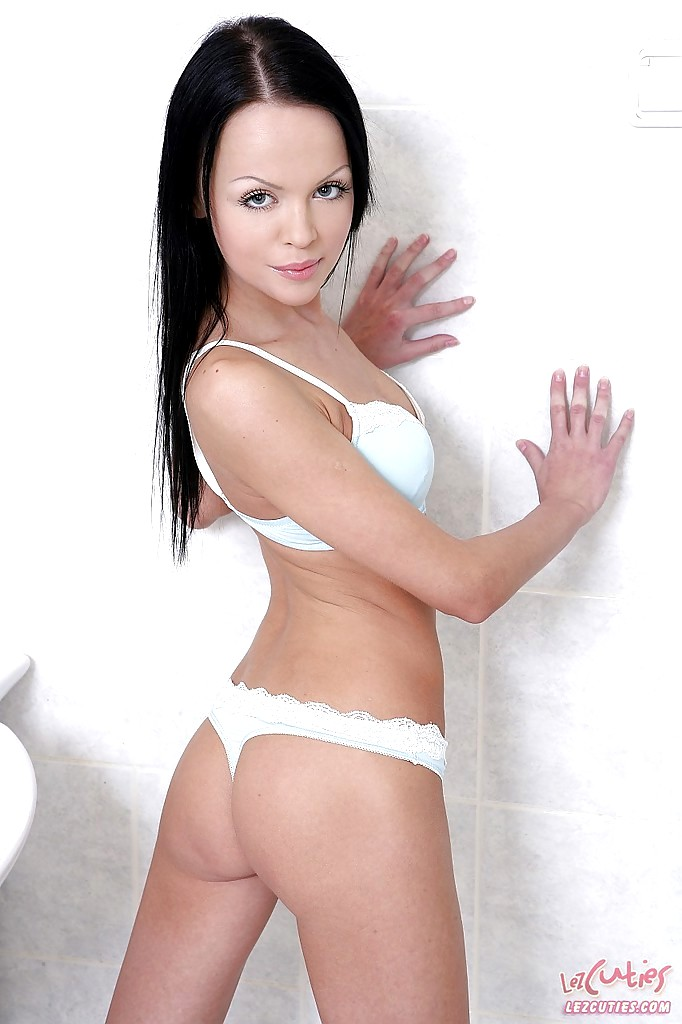 Babe Today Lez Cuties Ashley Emuna Angellina Lilian Monchi -3184