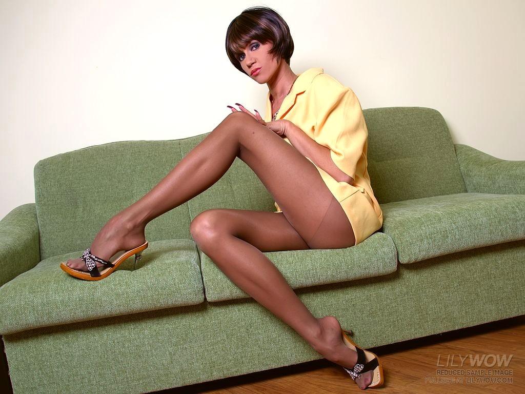 Sexy Milf Legs Pics