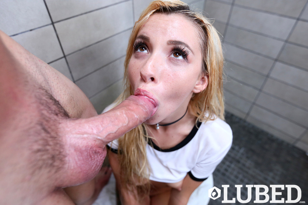Kenzie Reeves Blowjobs On Stairwell And Railed By Fat D Porn Pics