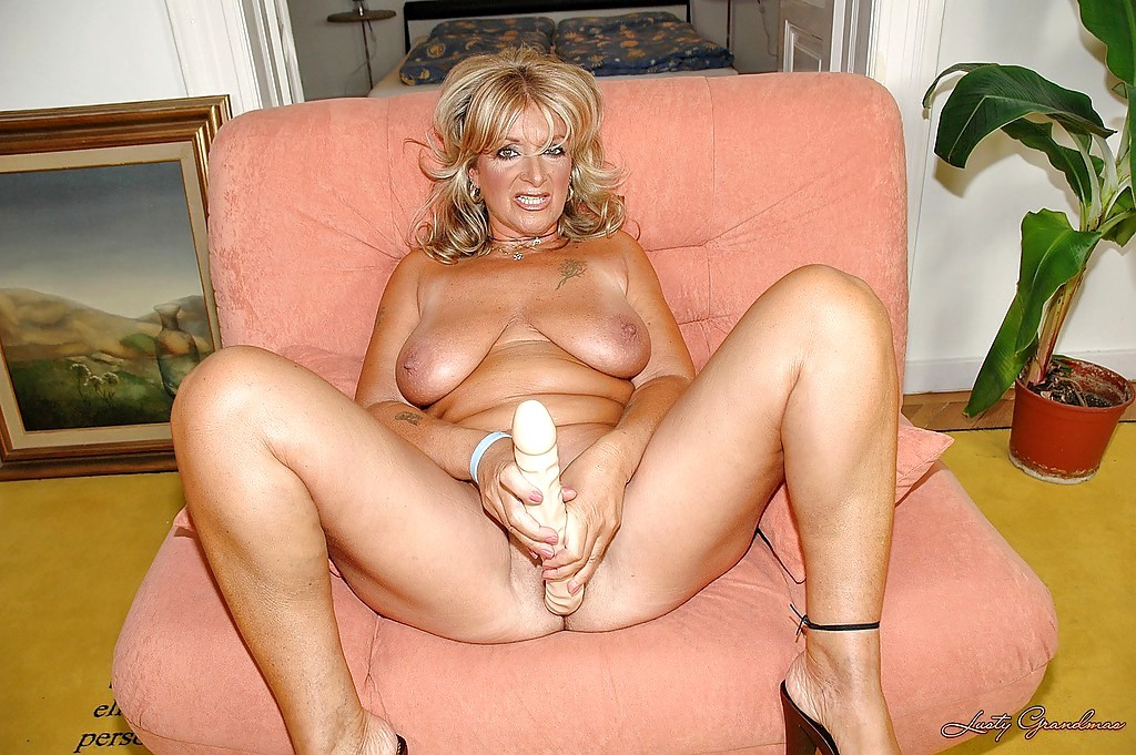 Babe Today Lusty Grandmas Karola Porn Mature Community -2956