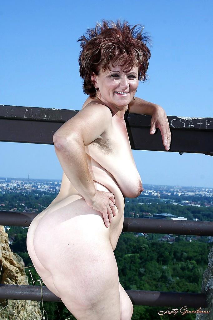 Babe Today Lusty Grandmas Manyika Surprise Spreading Porn -6779