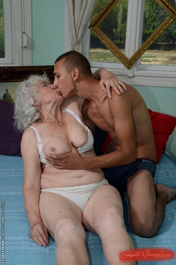 Zeige deine Sex Bilder Nackt Fotos und Erotik Videos