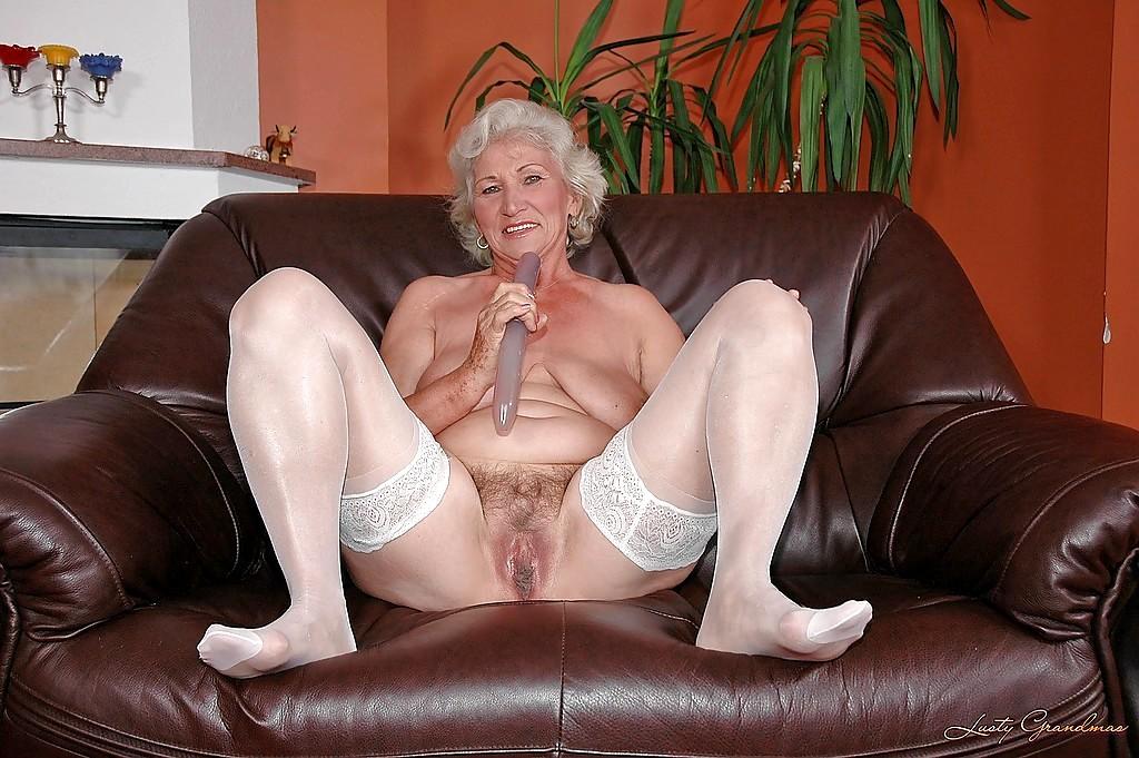 Белье бабушек эротическом фото просмотреть порно в старых