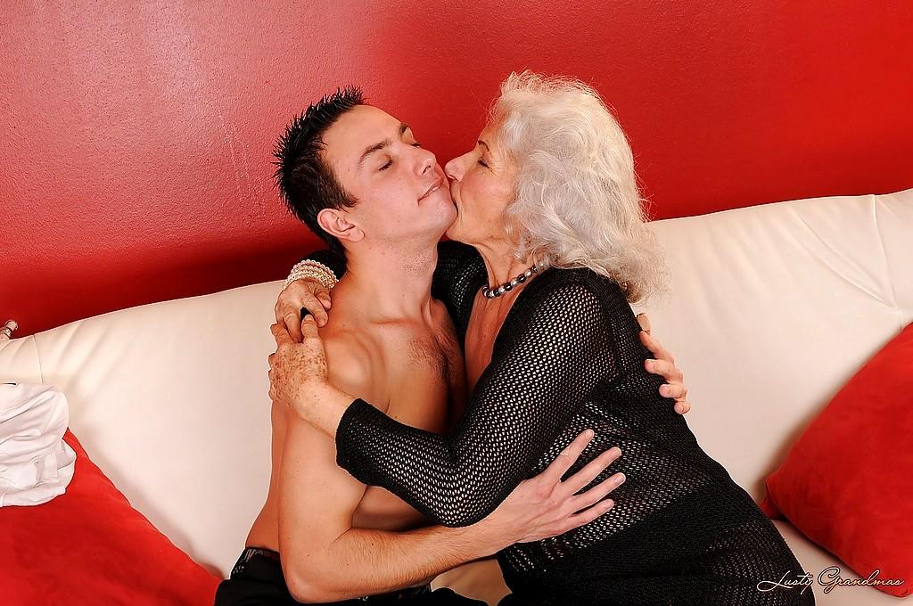 Babe Today Lusty Grandmas Norma Lot Of Kissing Mobi Tube -3850