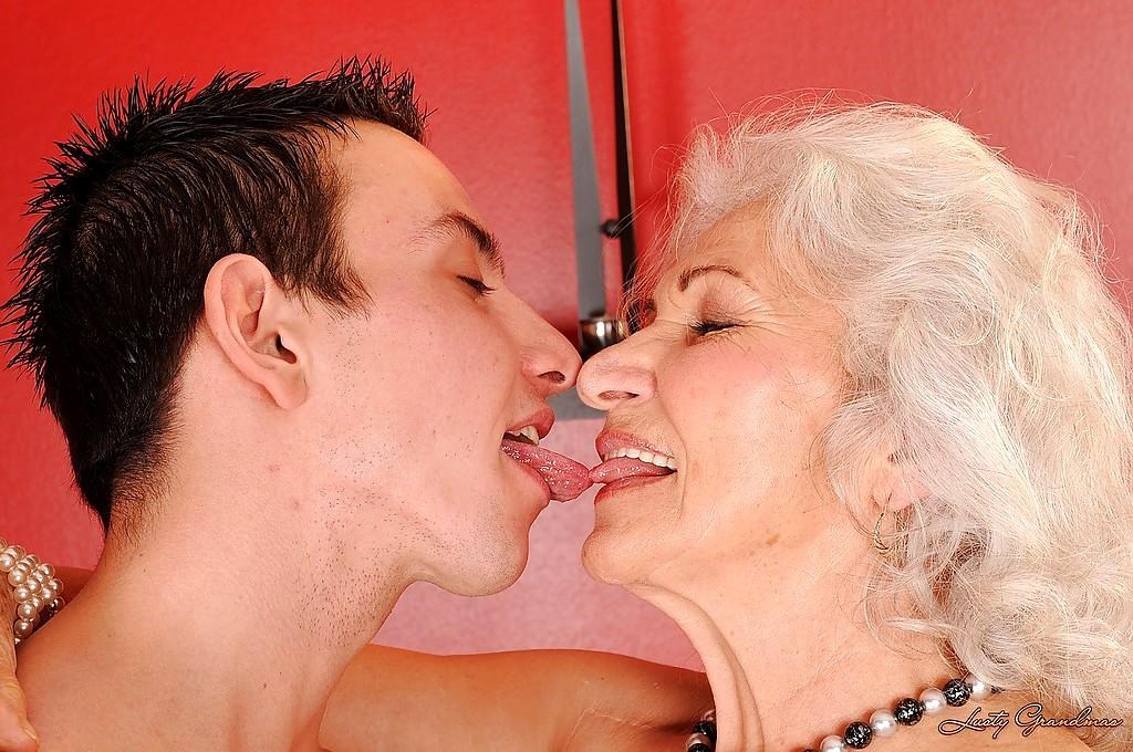Babe Today Lusty Grandmas Norma Lot Of Kissing Mobi Tube -7586