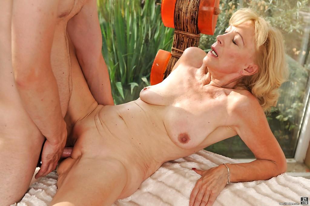 playboy naked mansion sex