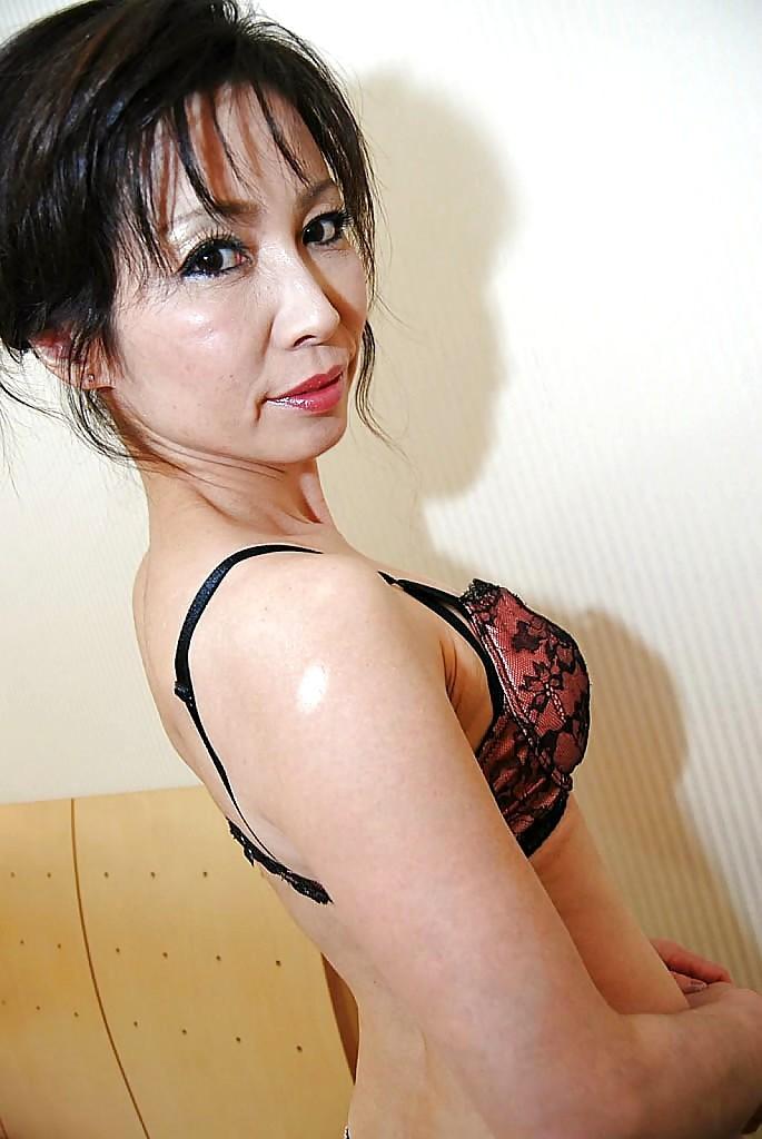 Mayumi miyazaki japanese mature wet pussy nailed