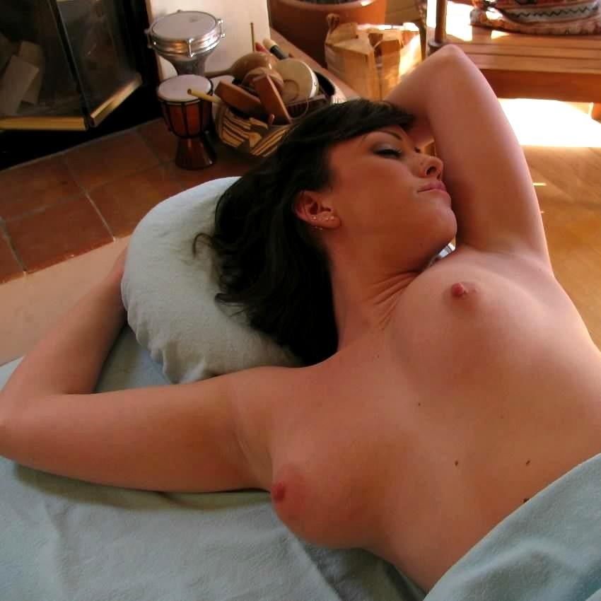 naughty asian ass nude