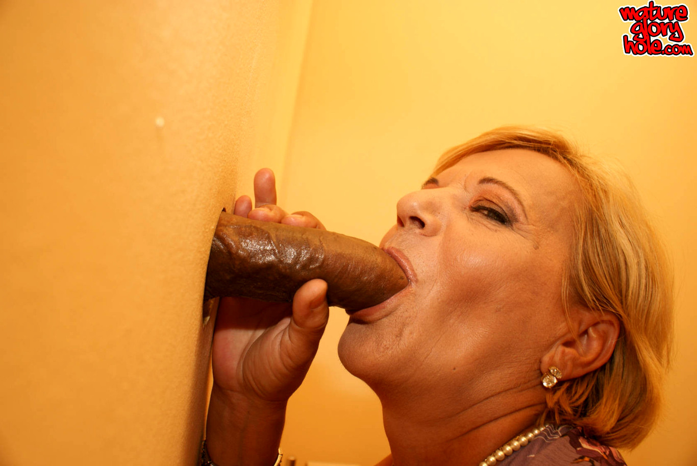 Granny loves whats peeping through the gloryhole granny
