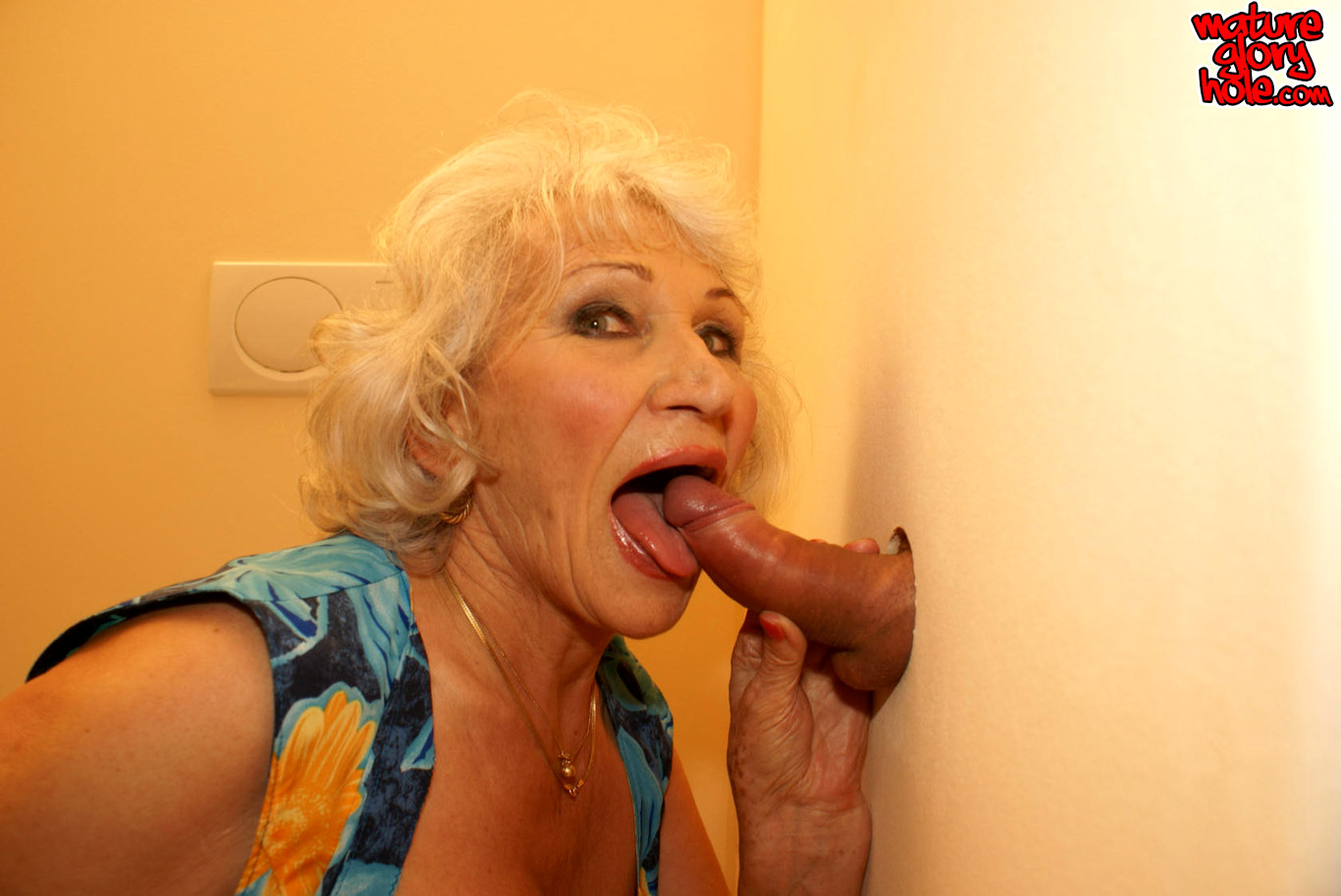 Free glory hole cumshot pictures