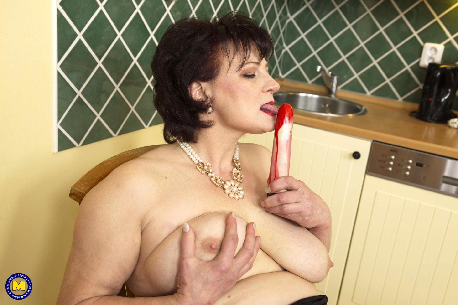 vega hot boobs sex nude images