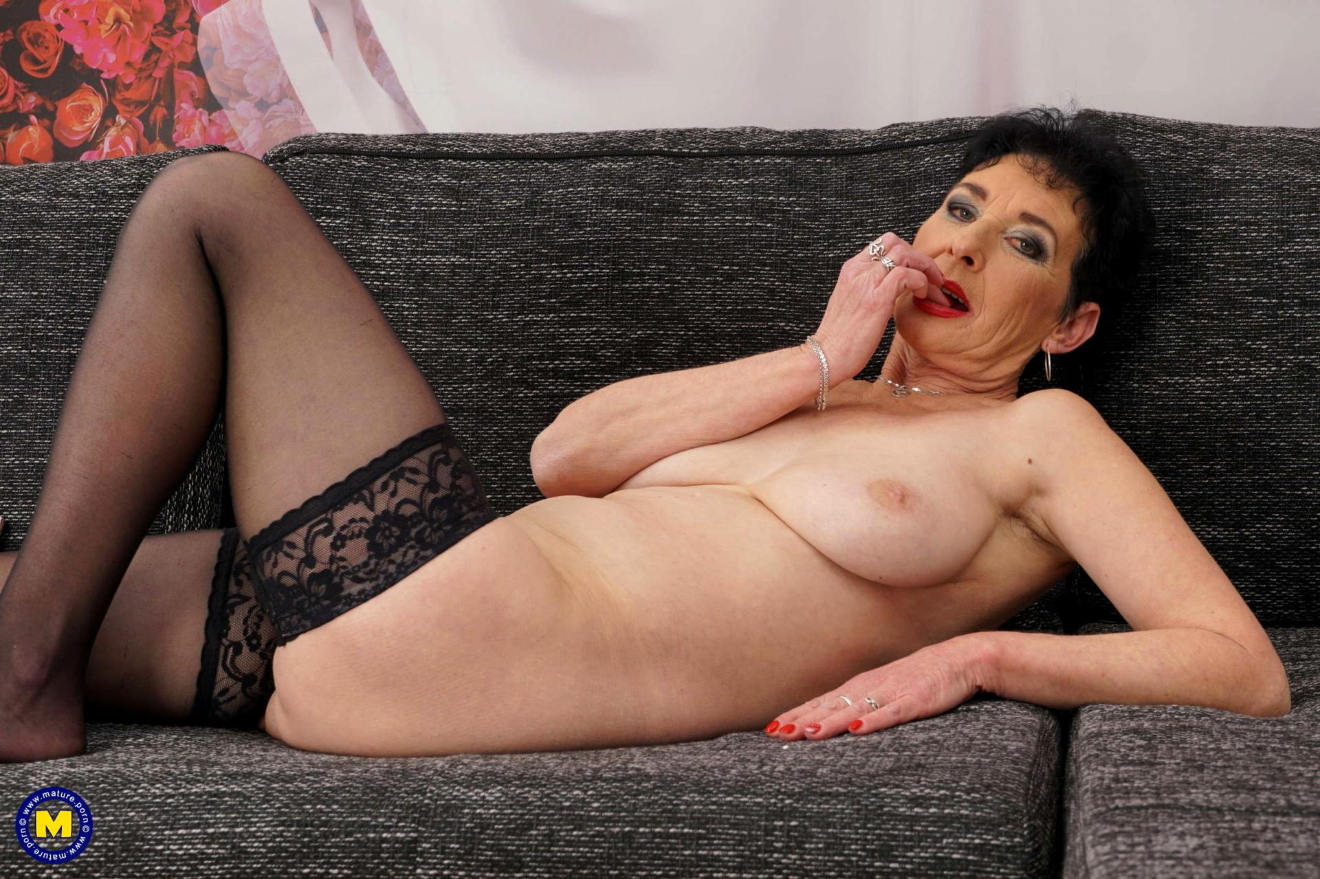 Asia mädchen nackt