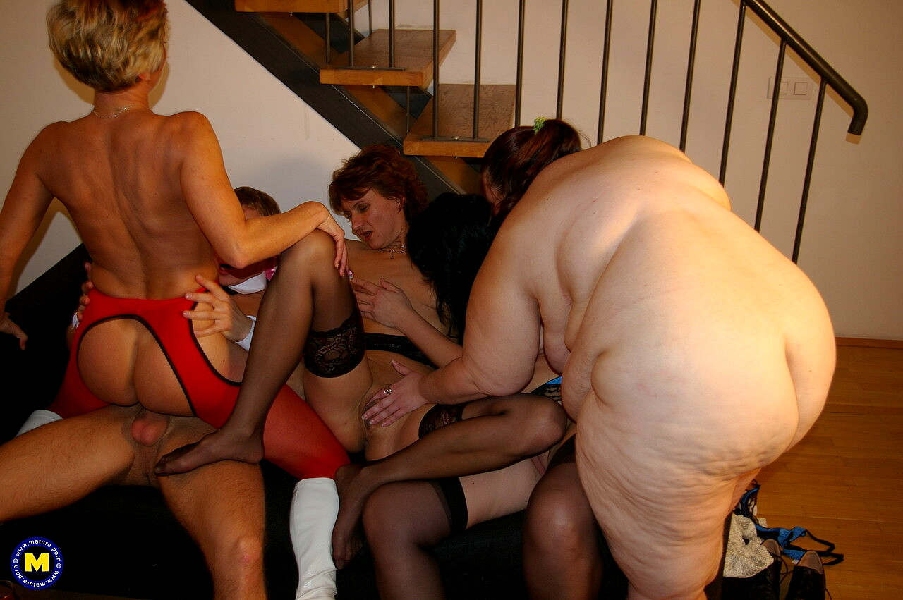 Young sex parties lesbian