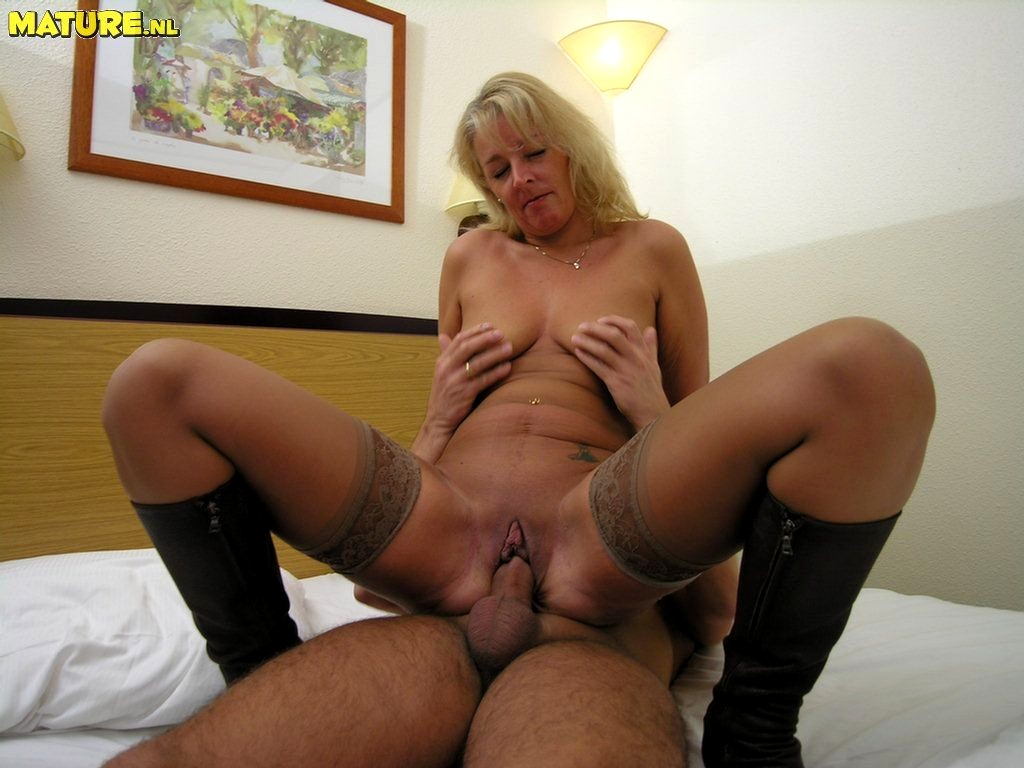 Anyone know Elegant mature blowjob