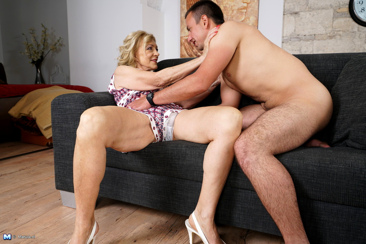 Mother Creampie, Porn Galery