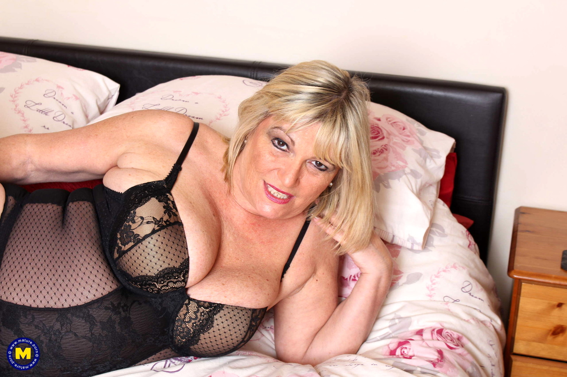 Pin on daily milf photo's