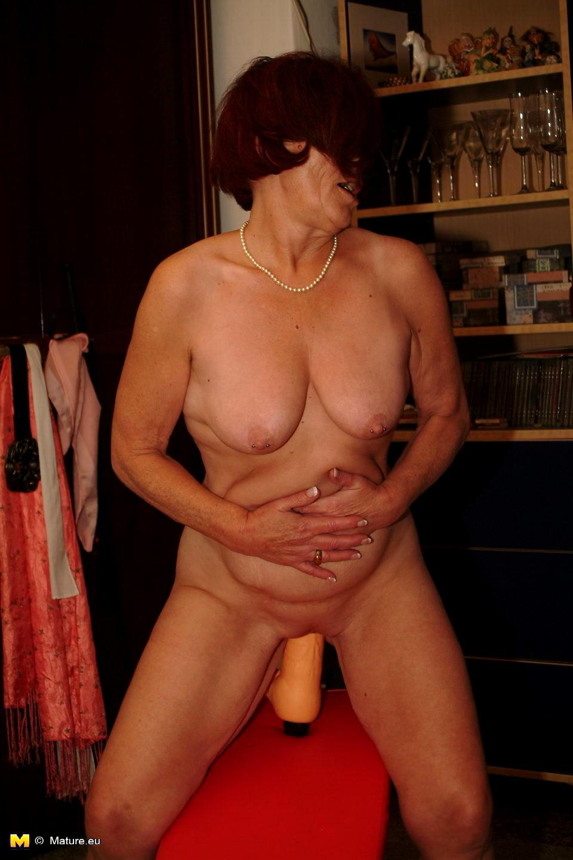 Hot mature redhead 03