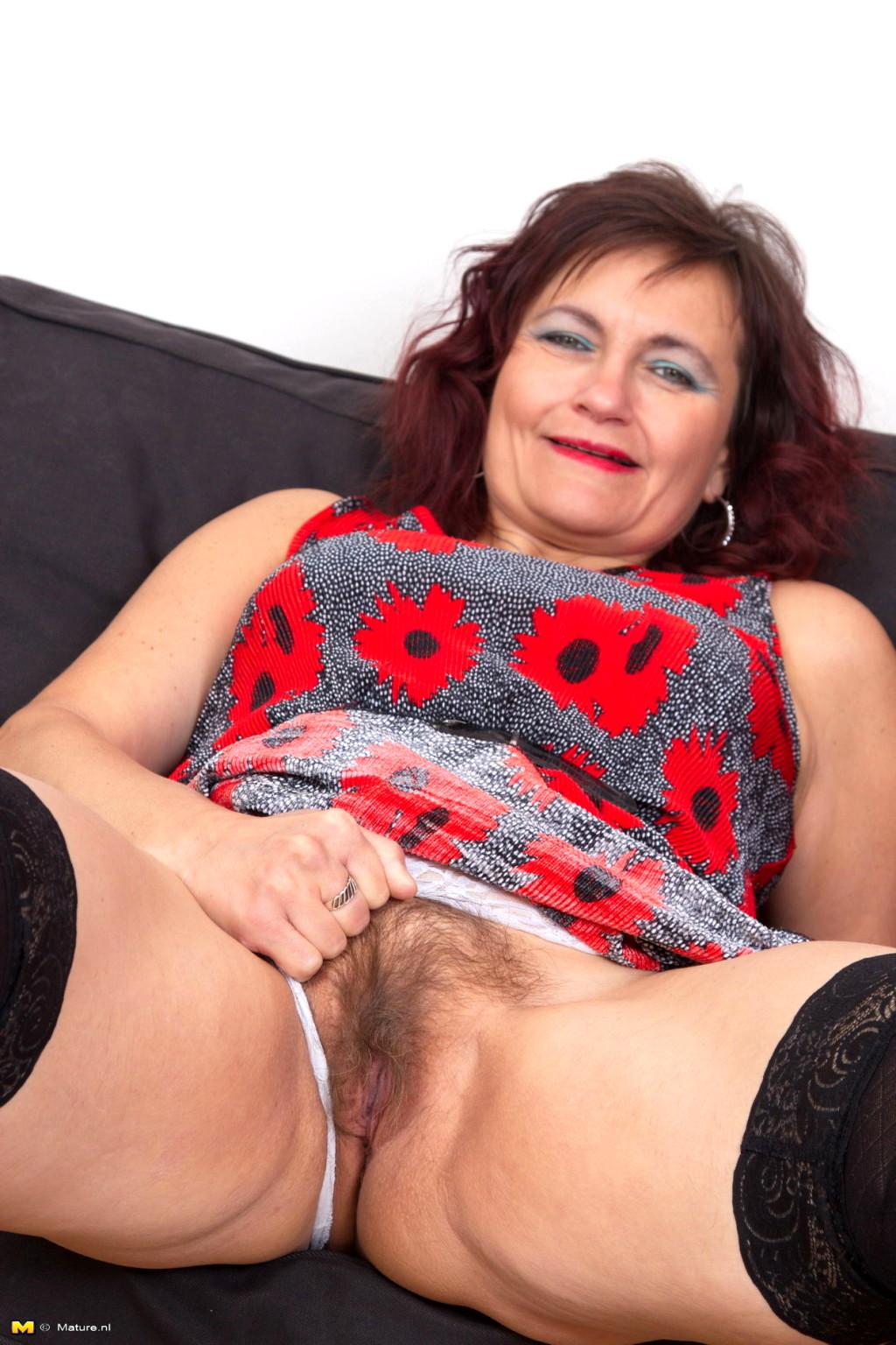 Huge mature boobs porn-8259