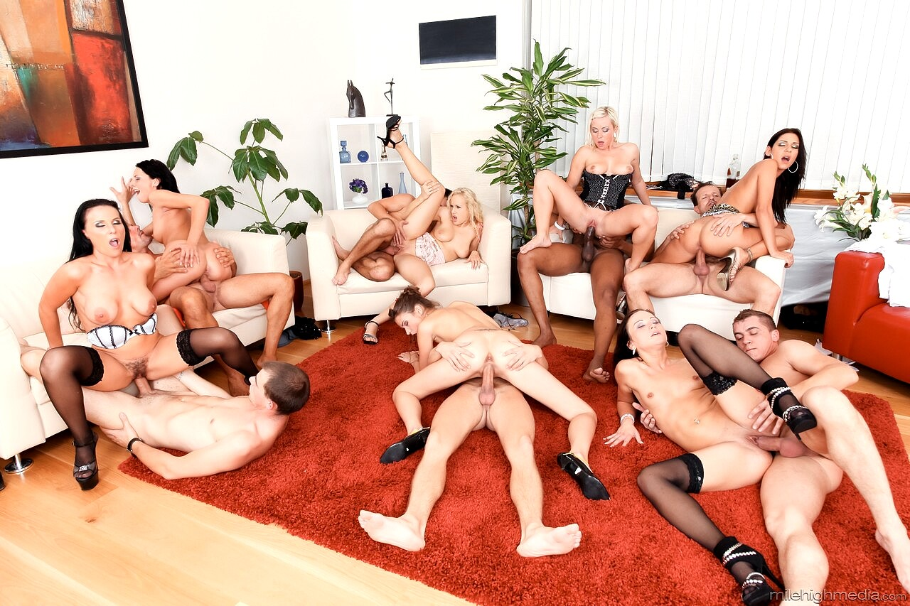 All Girl Classroom Turns Into Lesbian Orgy