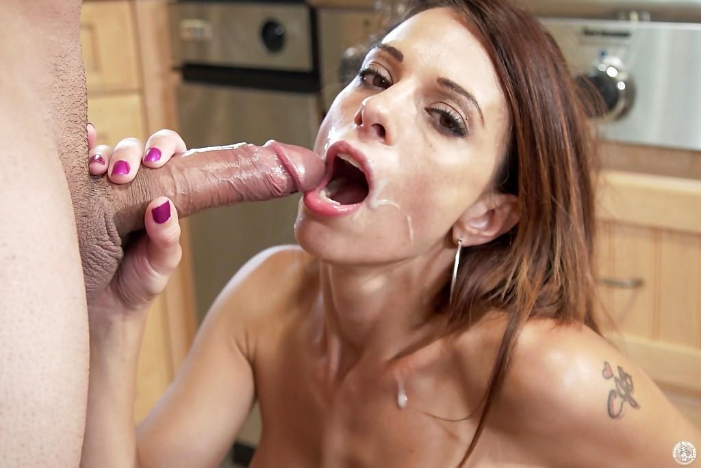 Mommy Blows Eva Long Jenna Jay Blowjob Pornolaba Indexxx 1