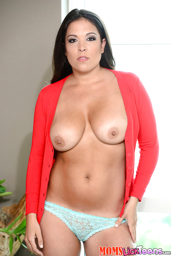 Old Woman Licking Pussy Porn Videos  Pornhubcom