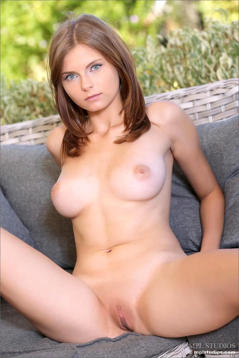 image Busty brunette dava foxx loves to fuck