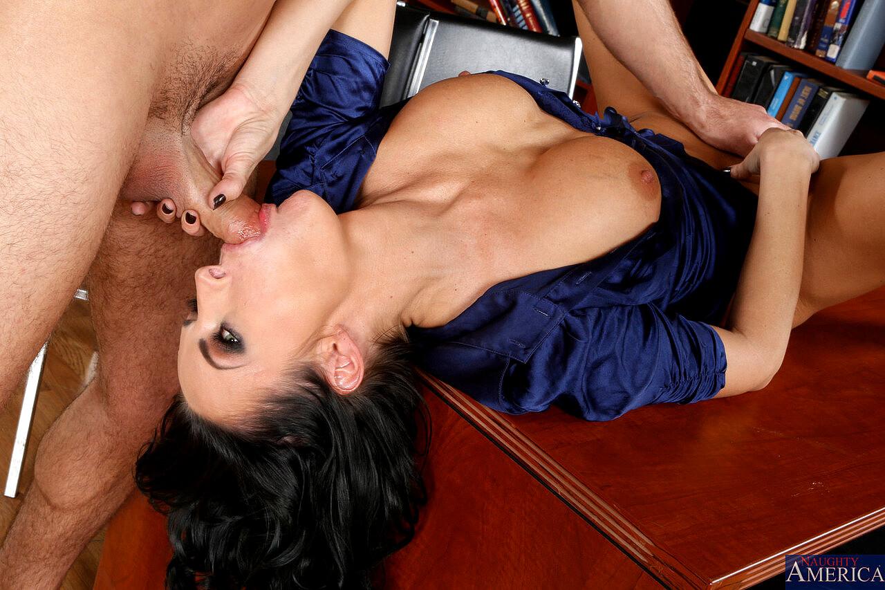 Daniel hunter free porn pics, deauxma daniel hunter in seduced by a cougar, download daniel hunter