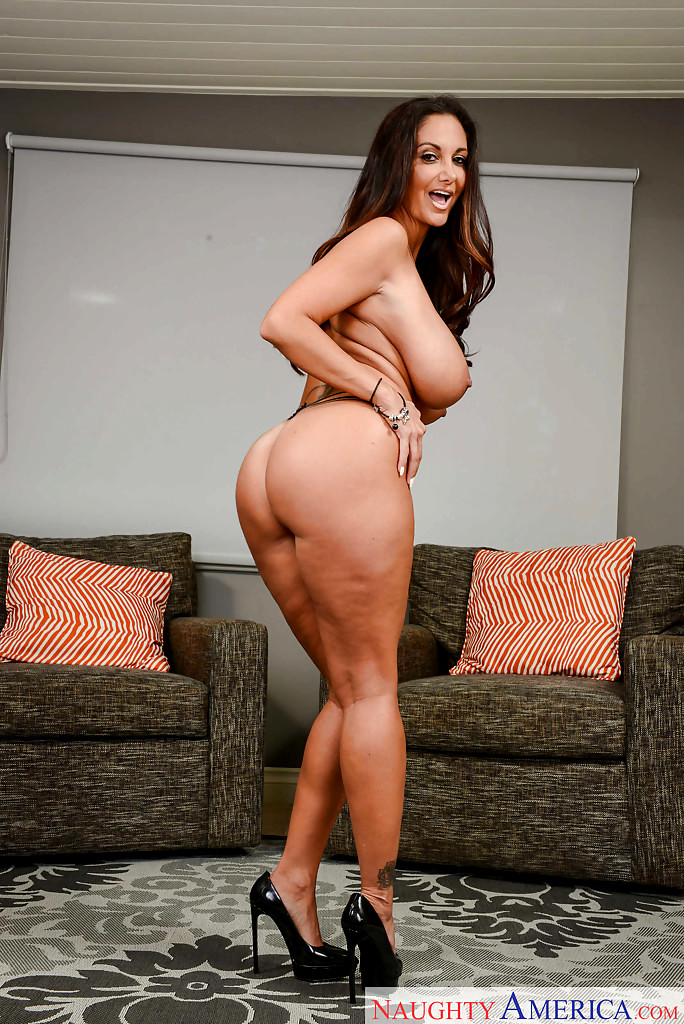 Babe Today My Friends Hot Mom Ava Addams Sweet Babe -3388
